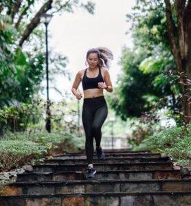 Women joggin
